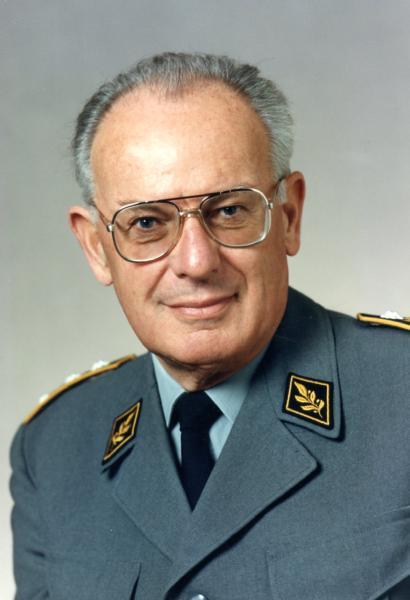 Korpskommandant Dürig Walter,1987 bis 1989
