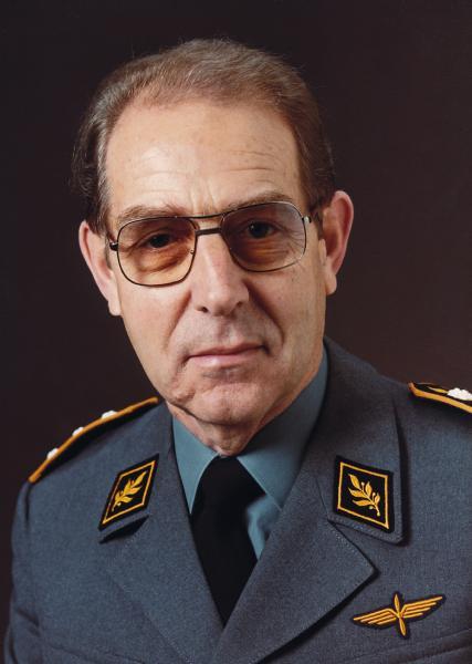 Korpskommandant Wyler Ernst, 1984 bis 1986